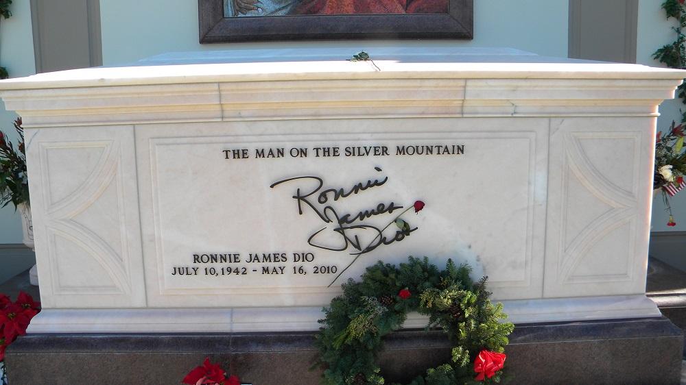 Ronnie James Dio Grave