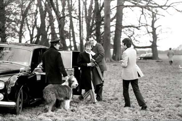 Op de set van de 'Strawberry Fields Forever' videoclip, januari 1967.