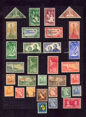 Enkele postzegels uit Mercury's verzameling. (bron: Pitchfork)